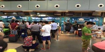 Vietnam Airlines bị tấn công, hành khách chạy hoản loạn