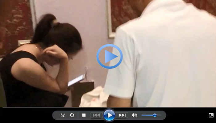 video giao vien o cung phong voi hoc sinh lop 10
